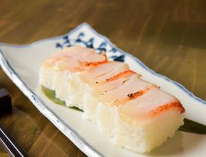 新宿三丁目の海鮮居酒屋[ぞんぶん]の金目鯛料理