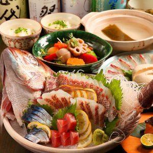 新宿三丁目で新鮮な海鮮が味わえる居酒屋【金目鯛専門店 ぞんぶん 新宿三丁目店】